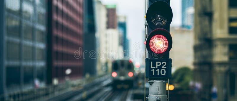 Panoramiczny widok podwyższony kolejowy światła ruchu obrazy stock