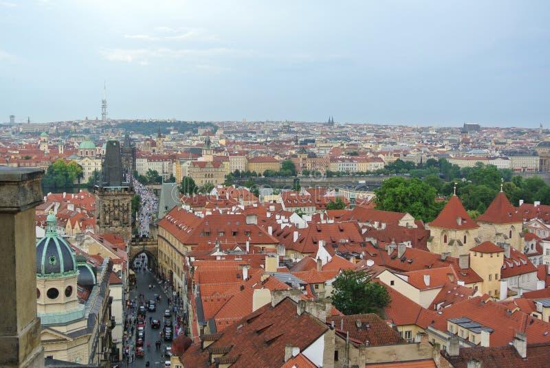 Panoramiczny widok Praga kasztelu dach zdjęcia royalty free