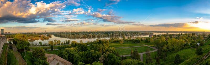 Panoramiczny widok rzeki Sava i Danube w Belgrade zdjęcia royalty free