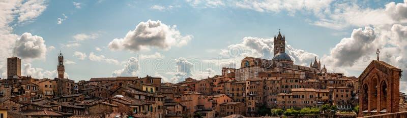 Panoramiczny widok Siena fotografia stock