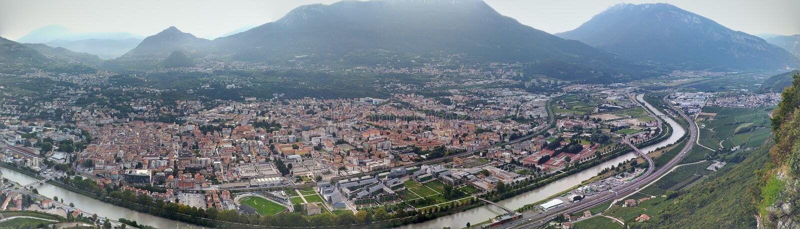 Panoramiczny widok Trento miasto fotografia royalty free