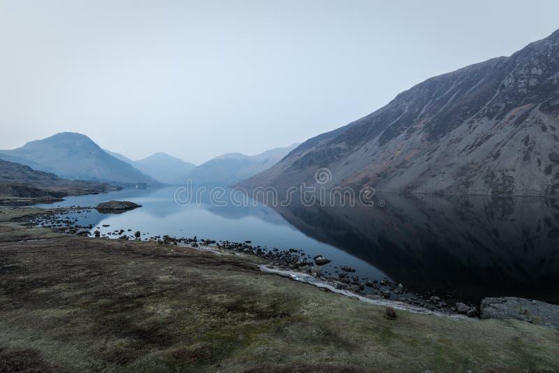 Panoramiczny widok Wast Woda jezioro W Angielskim Jeziornym okręgu zdjęcia royalty free