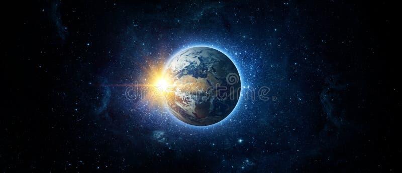 Panoramiczny widok ziemia, słońce, gwiazda i galaxy, zdjęcia stock