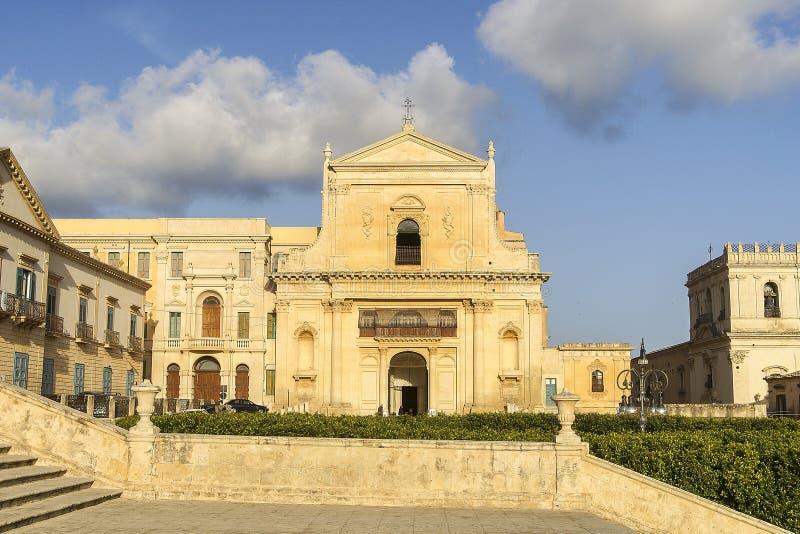 Panoramisch Buitenweergeven van Santissimo Salvatore Church in Noto - Italië royalty-vrije stock foto's