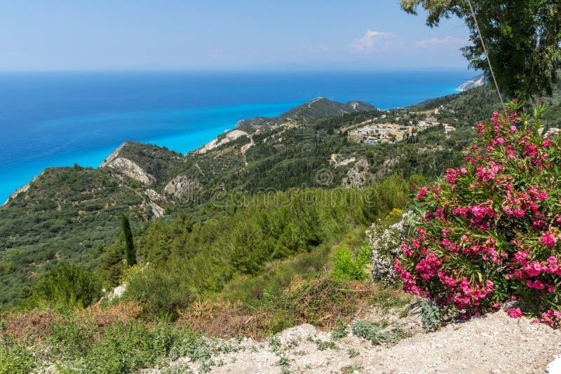 Panoramisch landschap met blauwe wateren, Lefkada, Griekenland stock foto