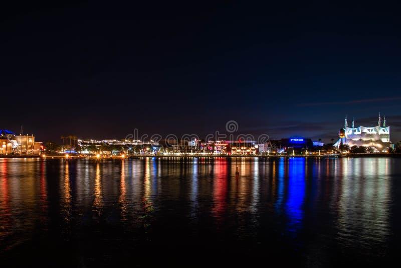 Panoramisch overzicht van Cirque du Soleil, House of Blues en vintage builings in Lake Buena Vista royalty-vrije stock foto's