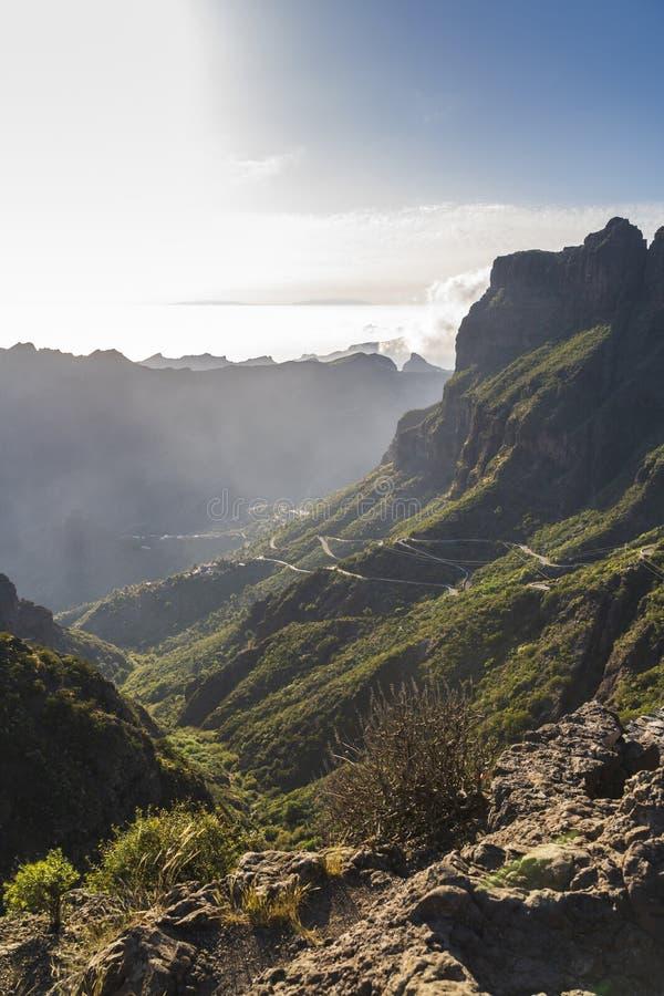 Panoramisch satellietbeeld over Masca-dorp, de meest bezochte toeristische attractie van Tenerife royalty-vrije stock afbeelding