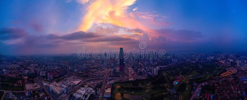 Panoramisch Satellietbeeld van Kuala Lumpur-cityscape stock foto's