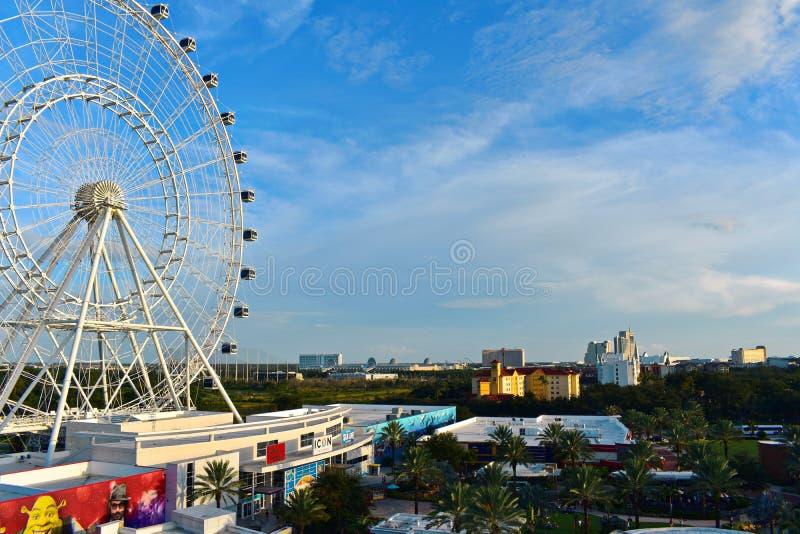 Panoramisch satellietbeeld van Orlando Eye, Convention Center en Hotels in Internationaal Aandrijvingsdr. royalty-vrije stock foto's