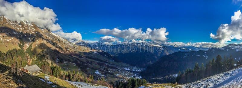 Panoramisch van de Franse Alpen, Frankrijk royalty-vrije stock afbeelding