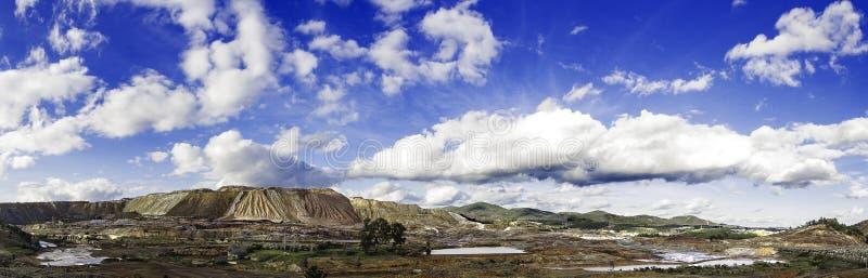 Panoramische Ansicht des Berges lizenzfreie stockfotografie