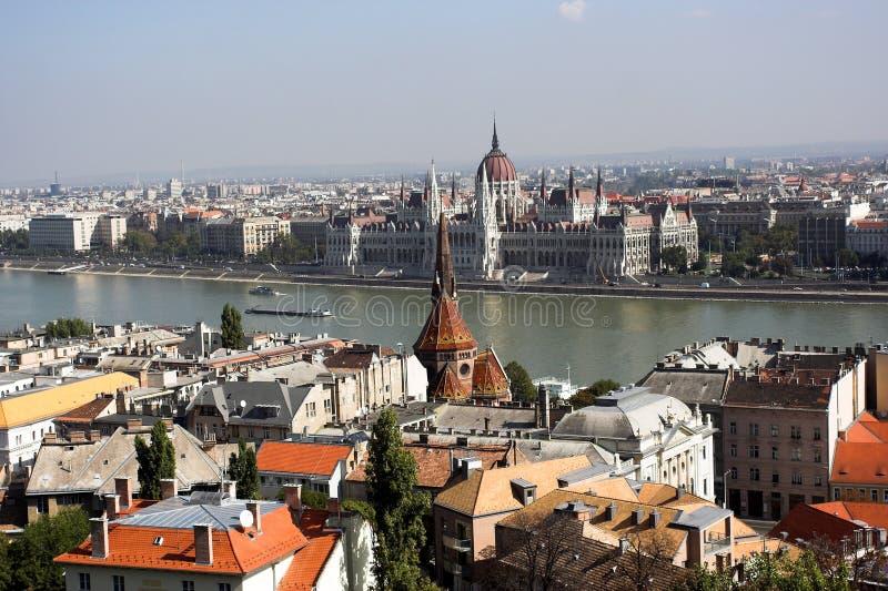 Panoramische Ansicht von Budapest lizenzfreie stockfotos