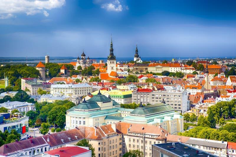 Panoramische Cityscape Mening van de Stad van Tallinn op Toompea-Heuvel in Esto stock foto's