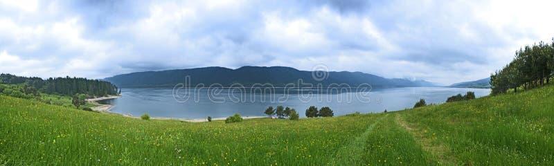 Panoramische de dam van de berg royalty-vrije stock foto's