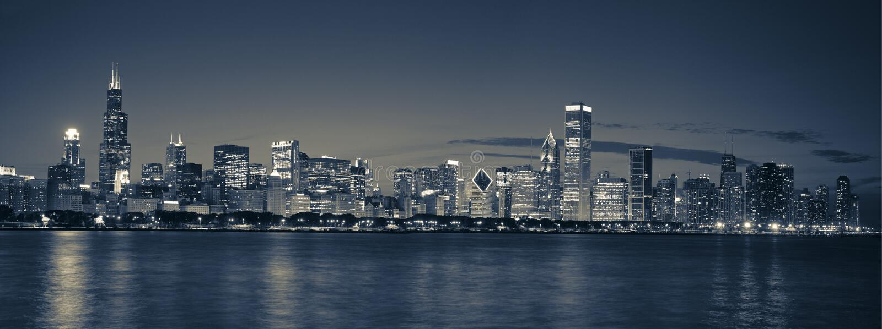 Panoramische de horizon van Chicago stock foto's