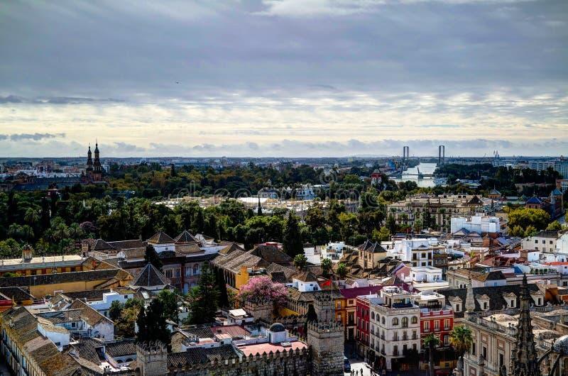 Panoramische luchtcityscape van de stad van Sevilla van Kathedraal, Spanje stock afbeelding