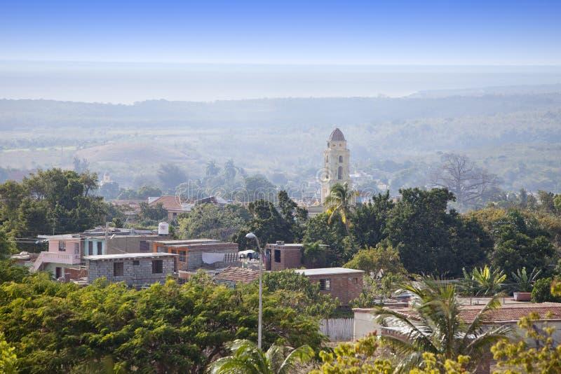 Panoramische luchtmening over Trinidad met Lucha Contra Bandidos, Cuba stock fotografie