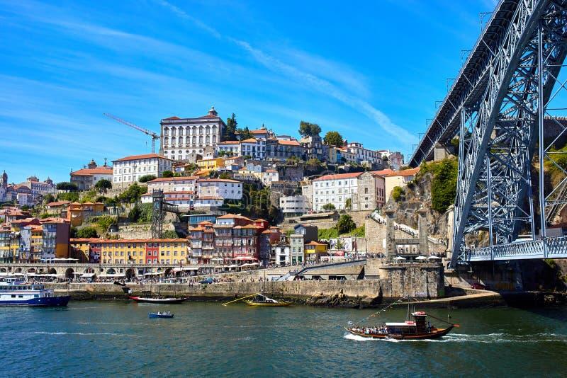 Panoramische luchtmening van Porto in een mooie de zomerdag, Portugal royalty-vrije stock foto's