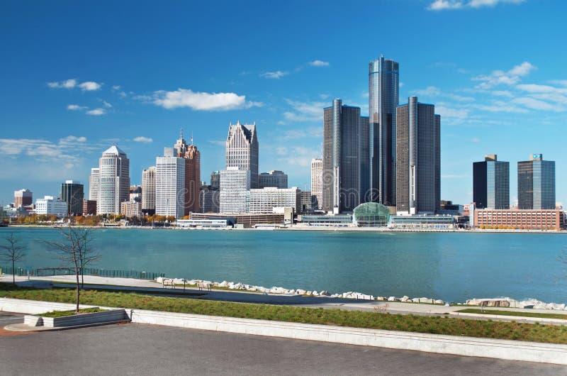 Panoramische Skyline Detroits geschossen von Kanada im November 2017 lizenzfreie stockbilder