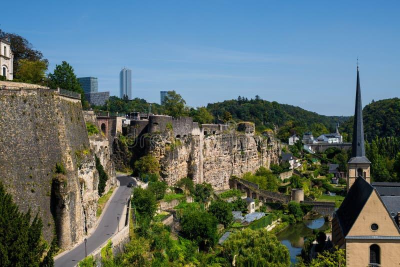 Panoramische Vogelperspektive von Luxemburg an einem schönen Sommertag, Luxemburg lizenzfreies stockbild