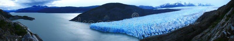 Panoramischer grauer Gletscher u. See, Patagonia Chile lizenzfreies stockbild
