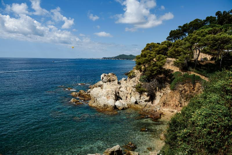 Panoramisk syn i Spanien, Katalonien arkivfoton