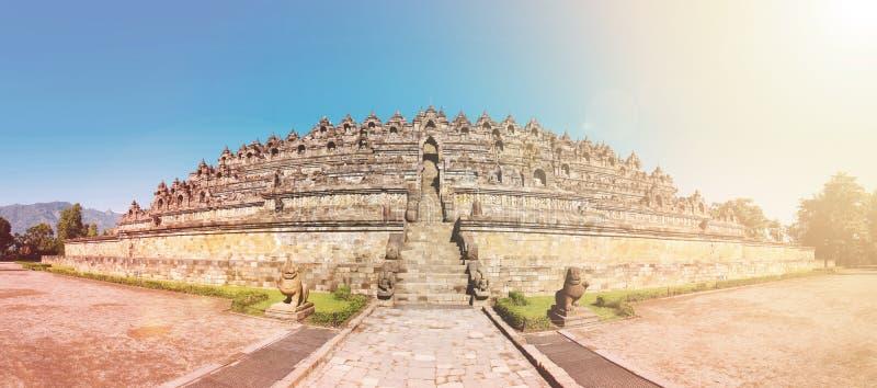 Panoramy Buddist Borobudur świątynny kompleks w Yogjakarta w Jawa zdjęcia royalty free