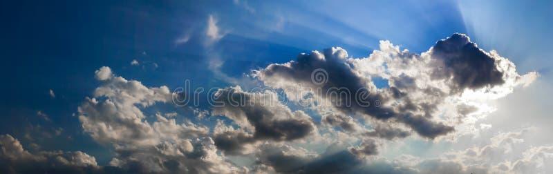 panoramy dramatyczny niebo fotografia stock