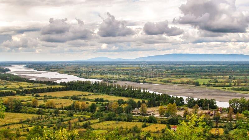 Panoramy floodplain rzeka Rioni zdjęcie stock