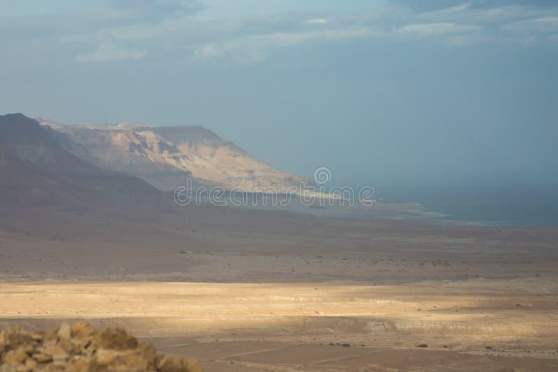 Panoramy fotografia Nieżywy morze w Izrael od masada góry obraz royalty free