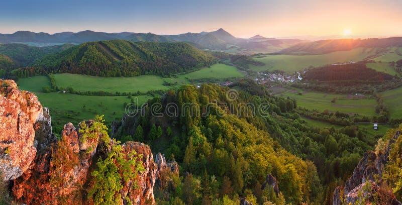 panoramy halny słońce fotografia stock