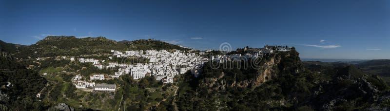 Panoramy miasteczko Casares fotografia stock