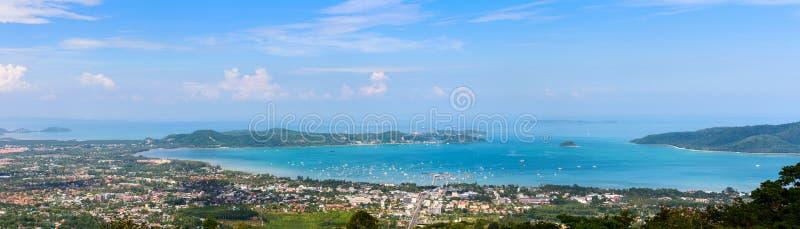 Panoramy miasto i morze Phuket prowincja zdjęcia royalty free