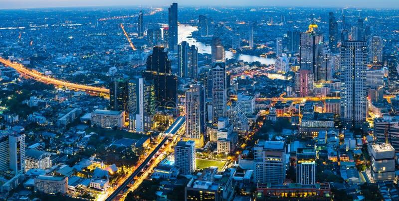 Panoramy miasto przy nocą, Bangkok Tajlandia fotografia stock