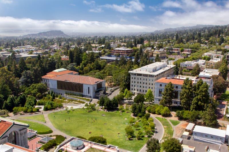 Panorma aéreo da Universidade da California em Berkeley. fotos de stock