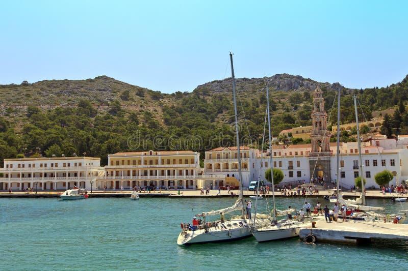 Panormitis kloster på den Symi ön, Grekland. royaltyfri foto