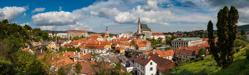 Panoroma-Ansicht von ?eský Krumlov, Tschechische Republik lizenzfreie stockfotografie