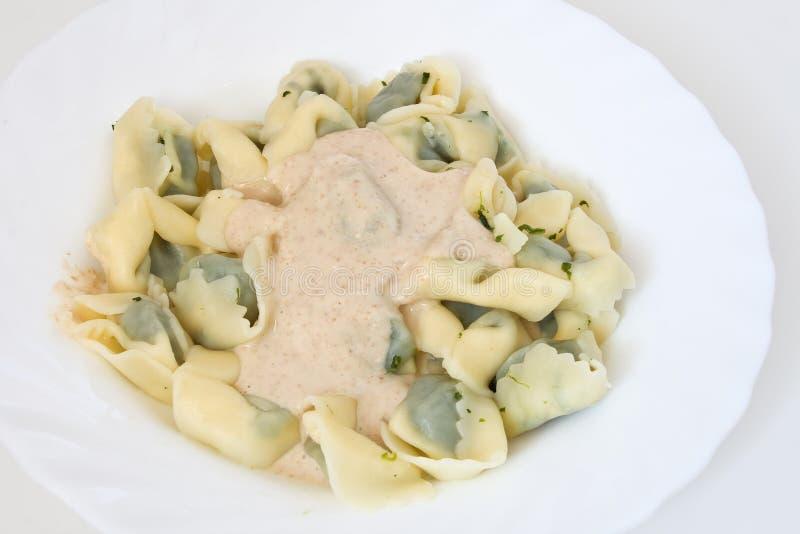 pansotti调味汁核桃 免版税库存照片