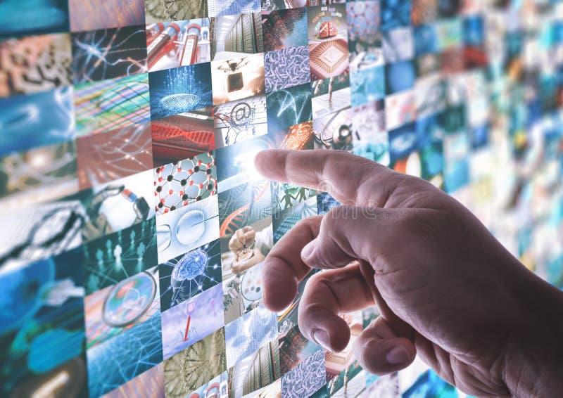 Pantalla de la ciencia y de la tecnología imagen de archivo