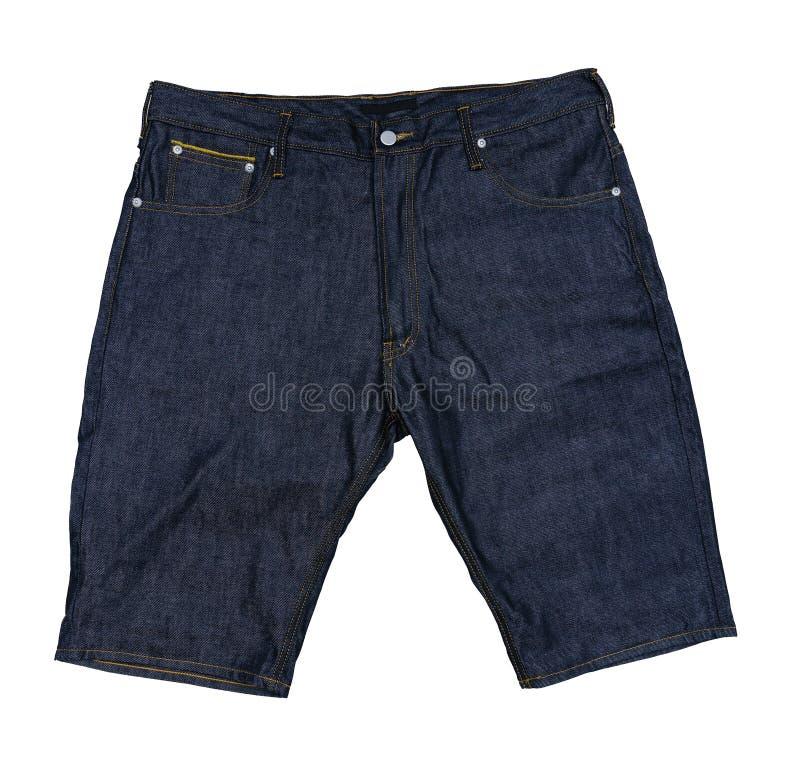Pantalones cortos de la mezclilla azul en fondo aislado imagenes de archivo