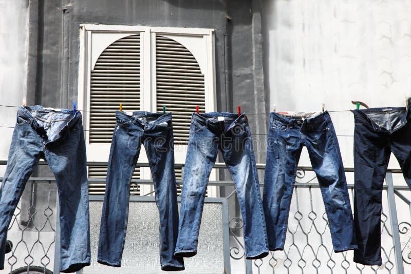 pantaloni di lavaggio fotografia stock libera da diritti