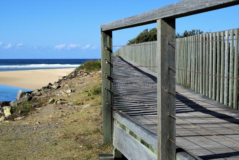 Pantanais de madeira de Urunga do passeio à beira mar do trajeto em Austrália fotos de stock royalty free