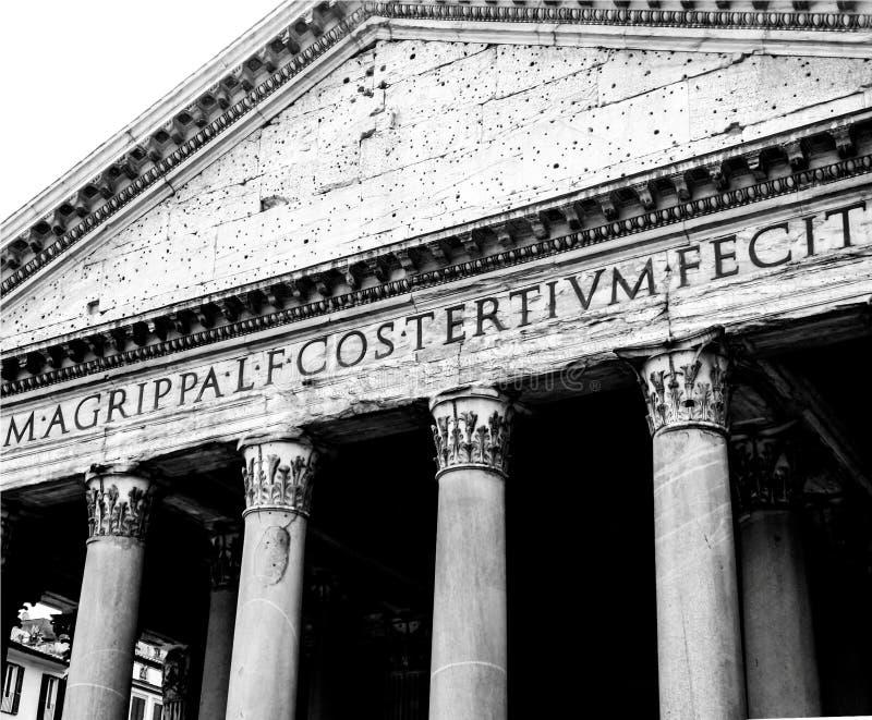 Panteon wejściowa fasada w czarny i biały, Rzym, Włochy obraz royalty free