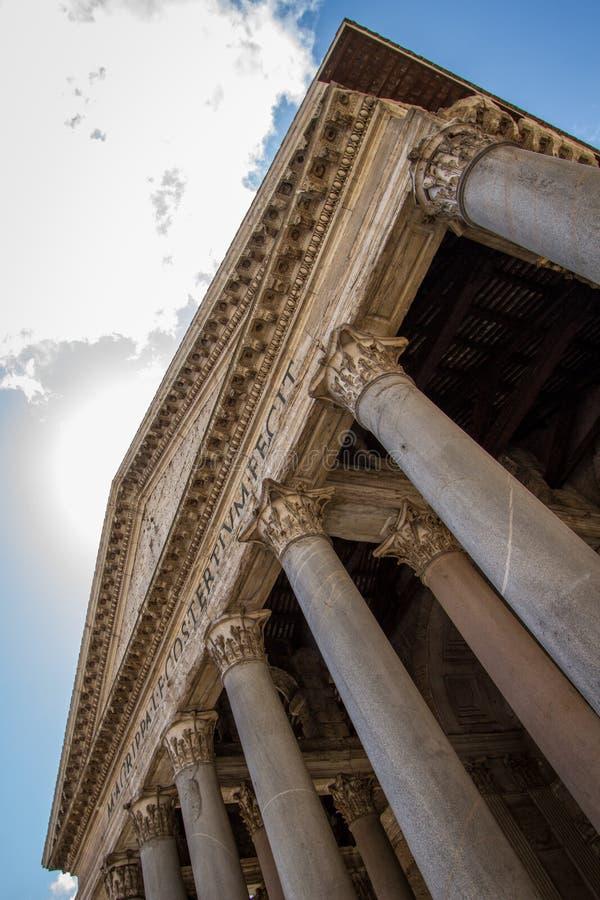 Panteonstor byggnad fotografering för bildbyråer