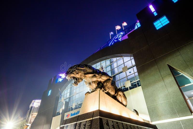 PanterNFL-stadion i i stadens centrum Charlotte royaltyfri fotografi