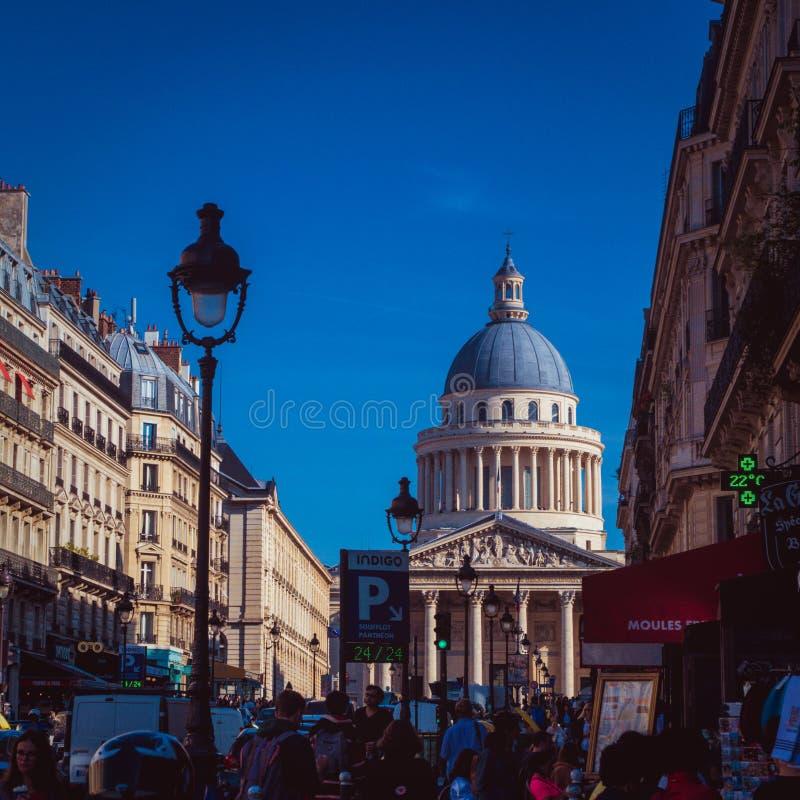 Panthéon Ansicht von Rue Soufflot lizenzfreies stockfoto