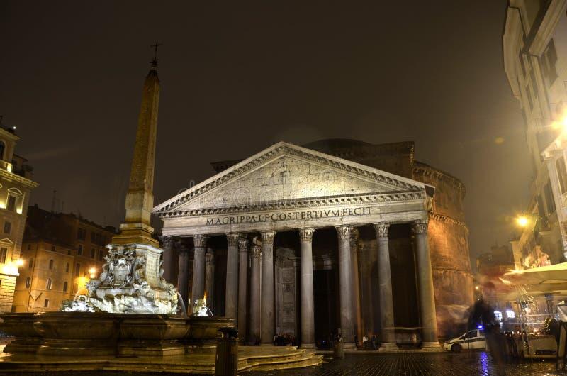Pantheon bij Nacht, Rome royalty-vrije stock afbeeldingen