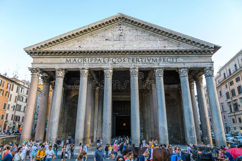 Pantheon oude architectuur in Rome, Italië stock foto's