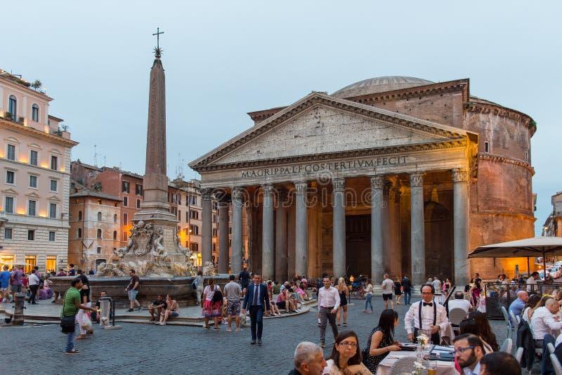 Download Pantheon in Rom redaktionelles stockbild. Bild von touristisch - 96932049
