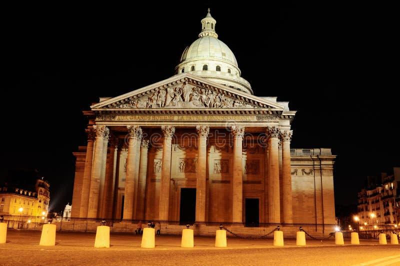 Pantheon 's nachts, Parijs stock afbeeldingen